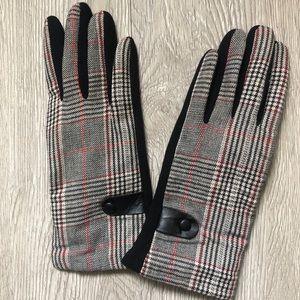 Accessories - Black woven Glen plaid women's gloves